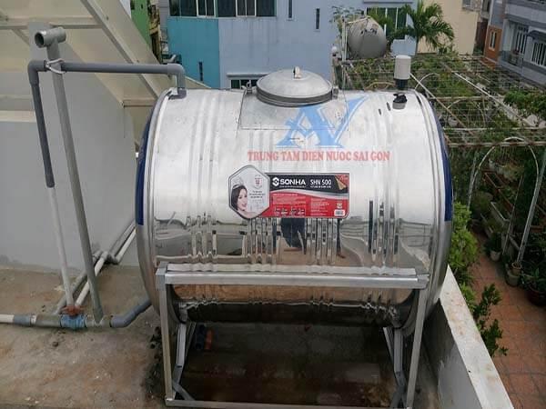 Thay bồn chứa nước inox