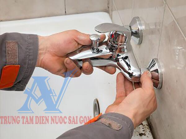 Thợ sửa nước
