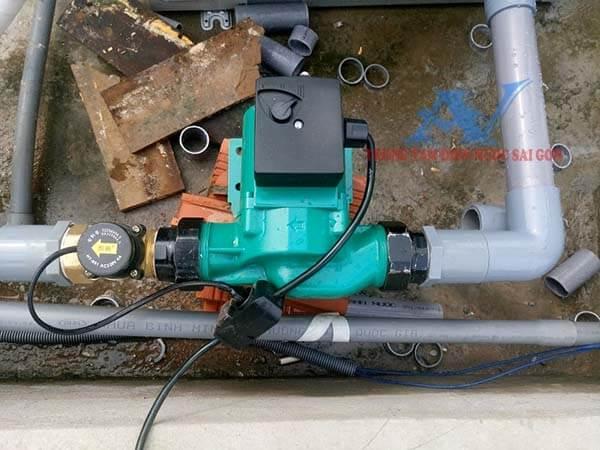 Lắp máy bơm nước tăng áp tại quận 3